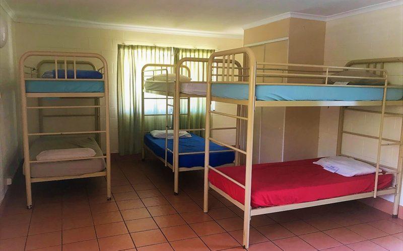 6-Bed Shared Dorm - Koala Beach Resort Cairns
